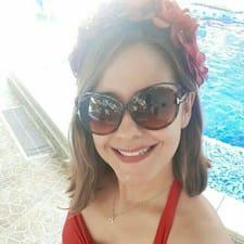 โพรไฟล์ผู้ใช้ Catalina Urrego