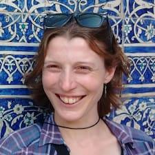 Henkilön Hélène käyttäjäprofiili