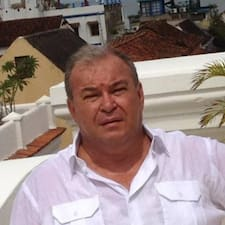 Aldo es SuperAnfitrión.
