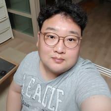 Nutzerprofil von Seung Yeol
