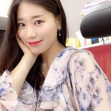 하윤 felhasználói profilja