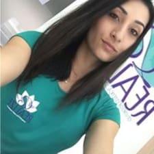 Ana Claudia felhasználói profilja