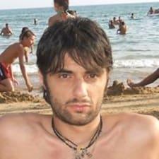 Pellegrino felhasználói profilja