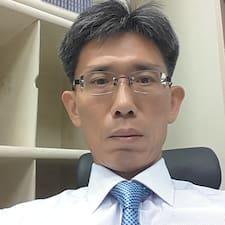 Profil korisnika Kue Young