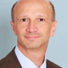 โพรไฟล์ผู้ใช้ Günter