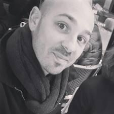 Profil korisnika Julien