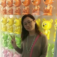 秀雅 è un Superhost.