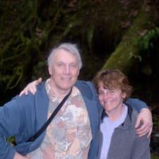 David And Debra est un Superhost.