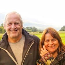 โพรไฟล์ผู้ใช้ Karen & Jan