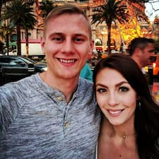 Nutzerprofil von Brady & Ashley