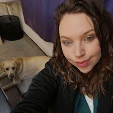 Lacey Louise felhasználói profilja