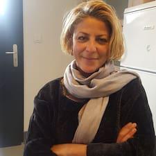 Monia Brugerprofil