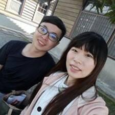 โพรไฟล์ผู้ใช้ Chun-Ying
