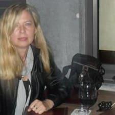 Manuela님의 사용자 프로필