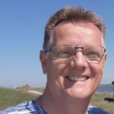 A.J. - Uživatelský profil