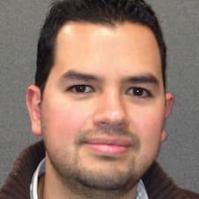 โพรไฟล์ผู้ใช้ Luis Ivan