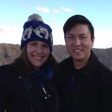 James And Liz Brugerprofil