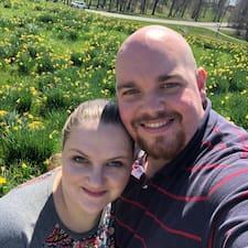 Profil utilisateur de Christopher And Mary