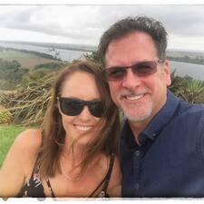 Jennifer & Barry Kullanıcı Profili