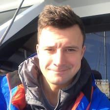 Profil Pengguna Tomasz