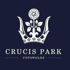 Crucis Park