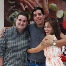 Celia, Carlos Y Luis
