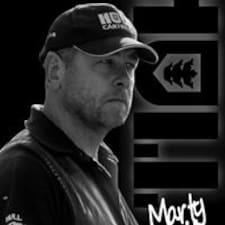 Marty N Caroline felhasználói profilja