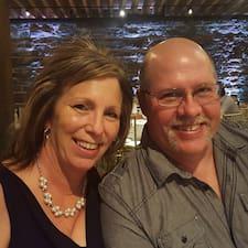 โพรไฟล์ผู้ใช้ Jeff & Terri