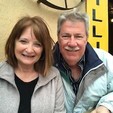 Dennis & Sherry er en superhost.
