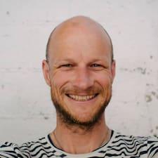 Profil Pengguna James