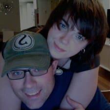 Ryan And Barb Superhost házigazda.