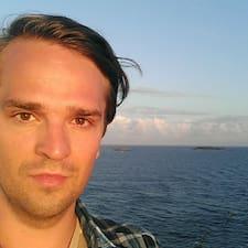Profil korisnika Lauri