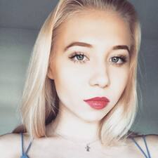 Kseniya的用戶個人資料
