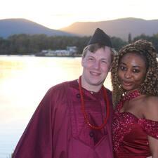 Norbi And Bethy felhasználói profilja
