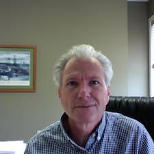 Кориснички профил на Michael