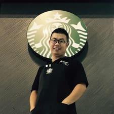 周榆翔 User Profile