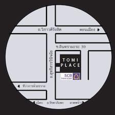 Tomiplace是房东。