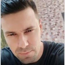 Julio님의 사용자 프로필