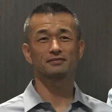 Yoshiaki Brugerprofil