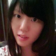 Zjisti více o hostiteli Xiaopei