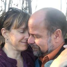 Profil Pengguna David And Angela