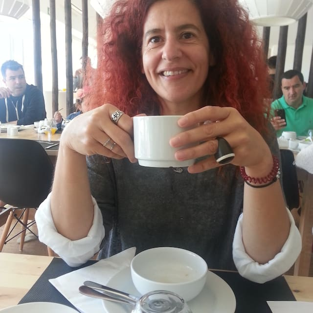 الملف الشخصي لMaria Manuela