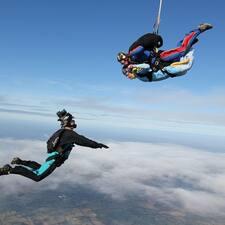 โพรไฟล์ผู้ใช้ AirAffairskydiving