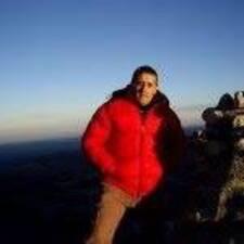 Victor Javier felhasználói profilja