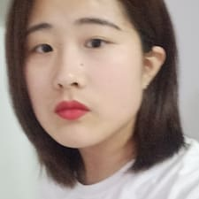 莉莉 felhasználói profilja