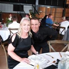 Profil Pengguna Gary &Amp; Jeanette