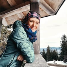 Christiane felhasználói profilja