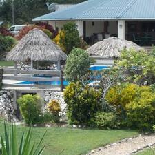 Gumbo Limbo Jungle Resort to Superhost.