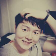 โพรไฟล์ผู้ใช้ Jinyoung