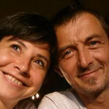 Emilie & Vincent User Profile